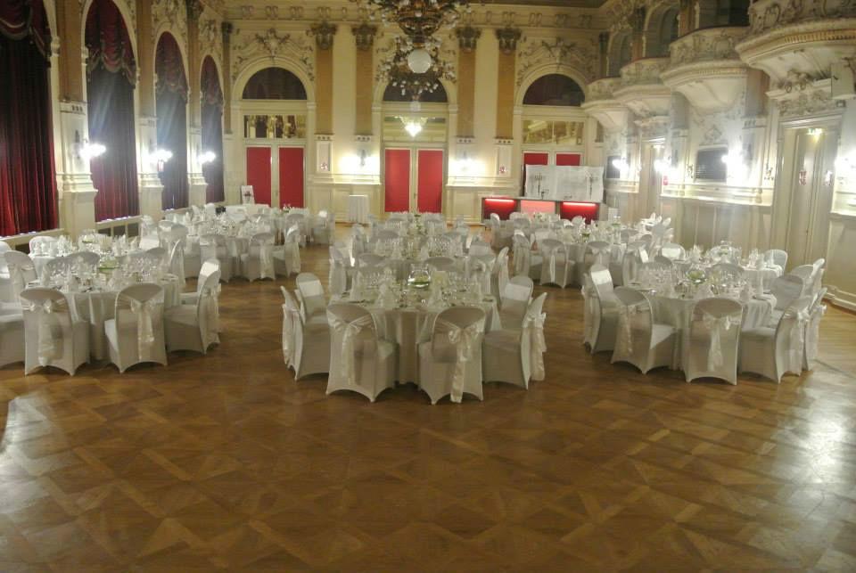 Beispiel: Feiern Sie Ihre Hochzeit mit einem professionellen Caterer, Foto: Fest & Gast Catering.