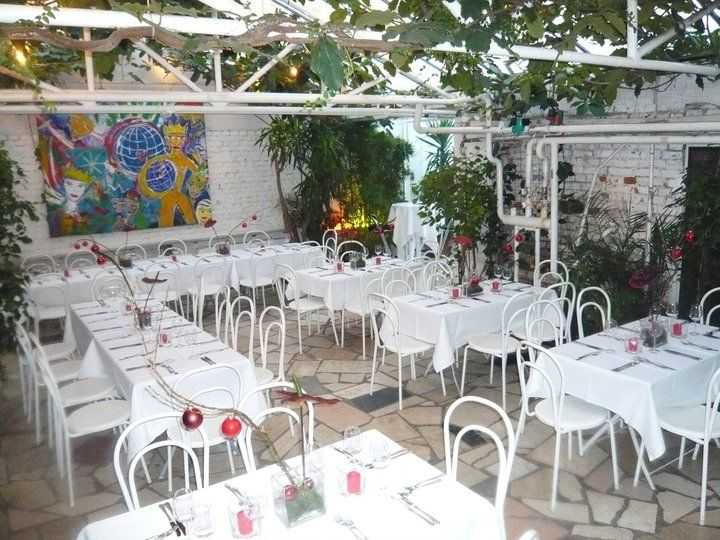 Beispiel: Palmenhaus mit Hochzeitsgedecken, Foto: Botanikum.