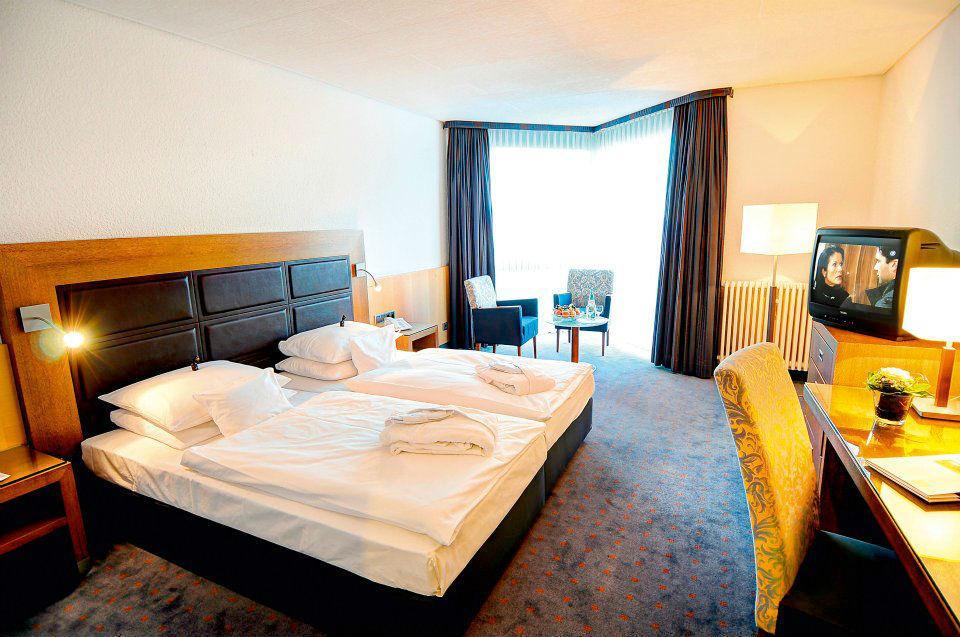 Beispiel: Zimmer, Foto: Favorite Parkhotel Mainz.