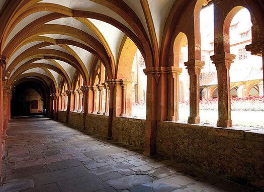 Beispiel: Kreuzgang, Foto: Kloster Bronnbach.