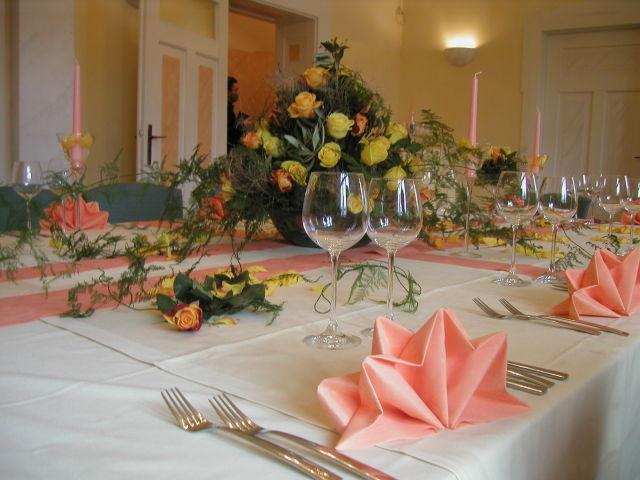 Beispiel: Nebenzimmer Hochzeitsgdeck, Foto: Dampfnudel-Bäck.