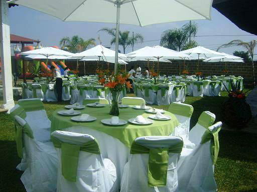 diferentes montajes para comunión o boda