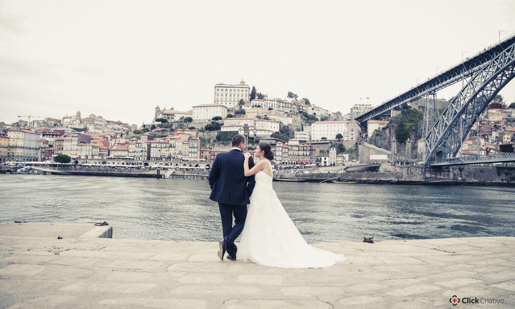 Mathilde + Silvan You just fantastic, love, affection - in Porto