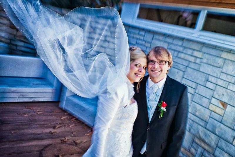 Beispiel: Portrait des Brautpaares, Foto: Vision2Pixel.