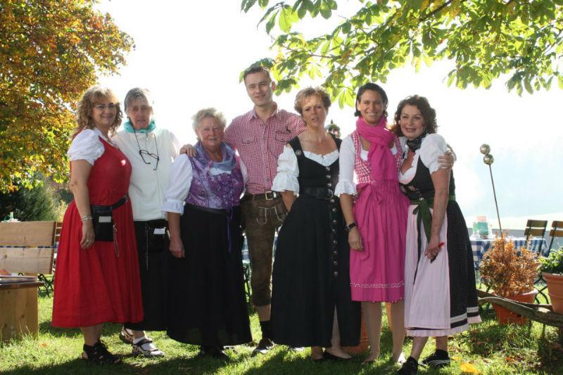 Beispiel: Serviceteam, Foto: Landgasthof Berg.