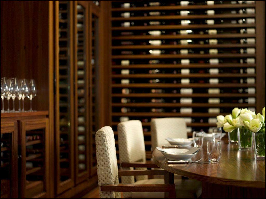 """Beispiel: """"Weinkeller"""" für Anlässe bis zu sechs Personen, Foto: Park Hyatt Zürich Hotel."""