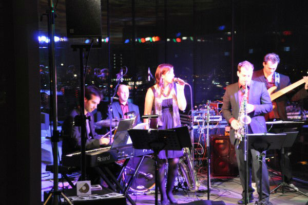 Beispiel: Live, Foto: Groove Cafe.