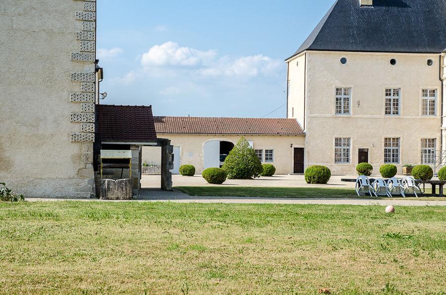 Château de Montbras