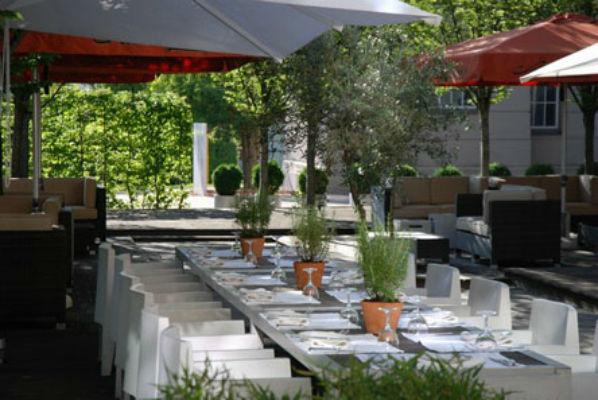 Beispiel: Terrasse, Foto: Magnolia - Restaurant im Glaspalast.