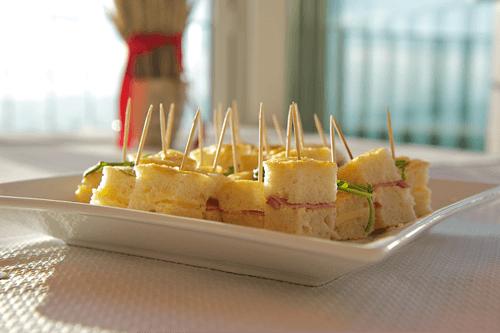 Beispiel: Leckere Häppchen, Foto: Restaurant Zugerberg.