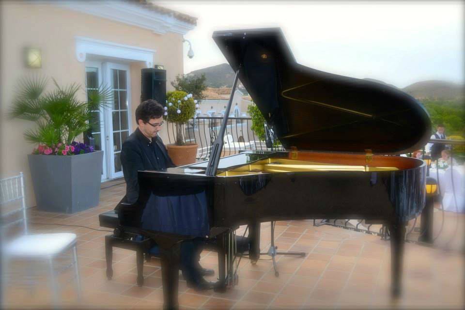 Pianista amenización
