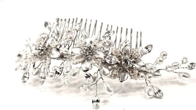 Arya Italian Jewels - Accessori Acconciatura matrimonio - Pettinino Sposa con fiori, perle e Swarovski