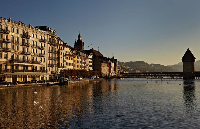 Beispiel: Hotel am Wasser, Foto: Hotel des Balances.
