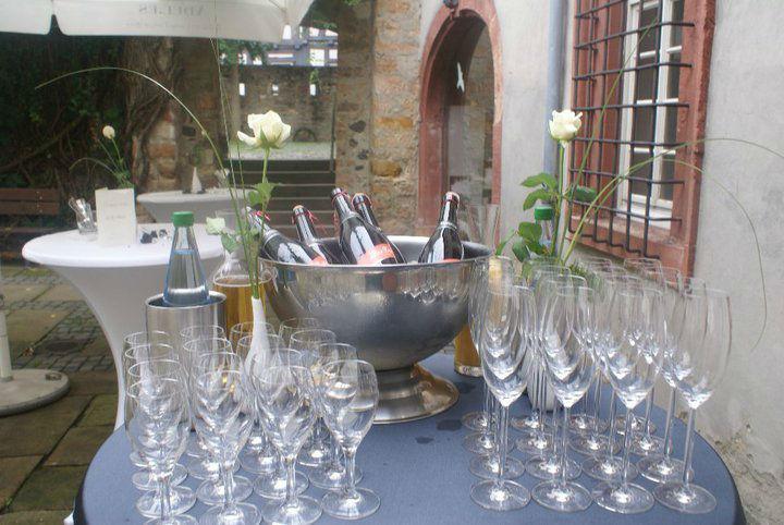 Beispiel: Sektempfang, Foto: Adel.es Catering.