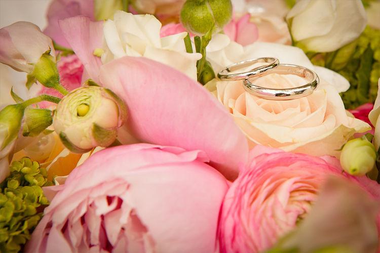 Beispiel: Hochzeitsfloristik, Foto: Naturelle Floristik.
