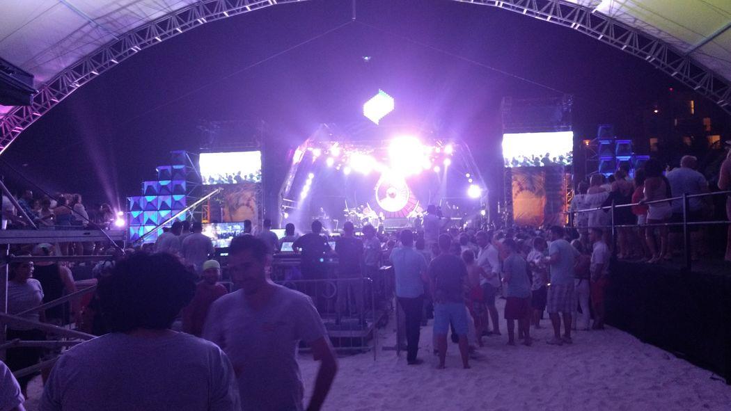 Audio System Audio, Video, Iluminación, Estructuras para Pitbull Cancun cerrando Diciembre