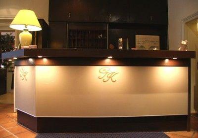 Beispiel: Empfang, Foto: AKZENT Hotel Goldene Krone.