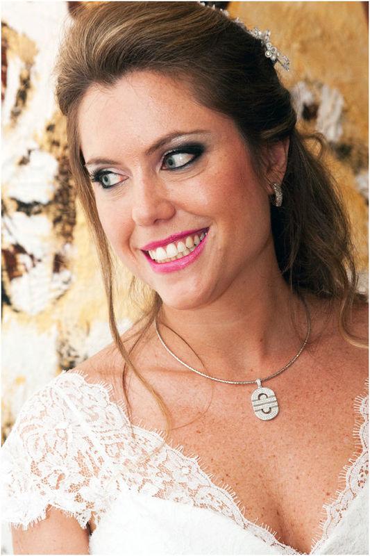 Magali Vieira Alta Costura. Noiva: Daniele Hornos. Foto: Mauro Ribeiro