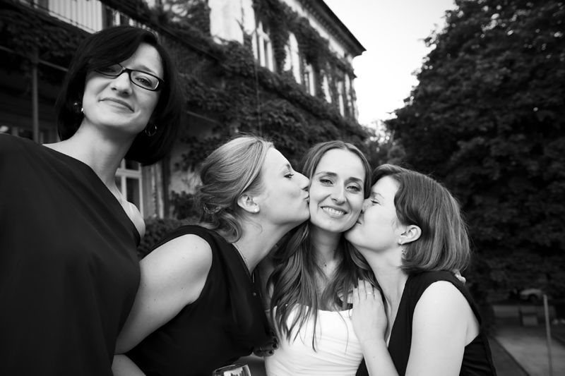 Panna Młoda z przyjaciółkami