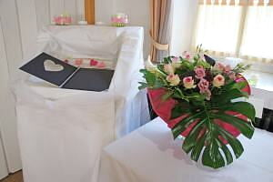 Beispiel: Hochzeitsdekoration, Foto: Hoffmannhaus Fallersleben.