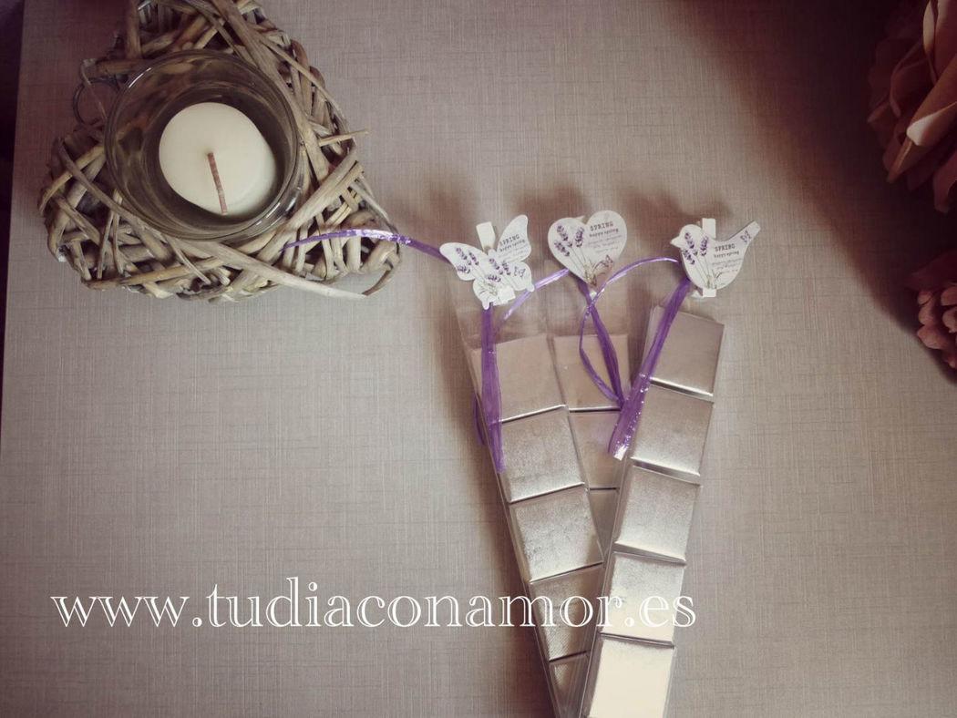 Detalle con motivos rústicos para boda vintage o campestre