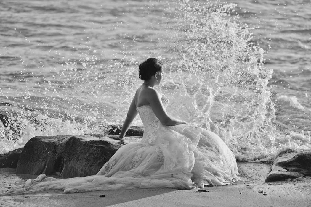 Auch für ein Trash-the-dress eignet sich Mauritius perfekt. Mehr dazu unter: http://bride-inside.com/index.php?post=79 http://www.backlight.mu/
