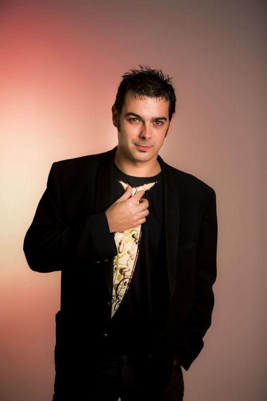 DJ PEDRO CARBONERAS