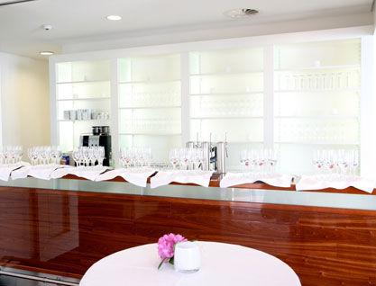 Beispiel: Bar, Foto: Alsterlounge.