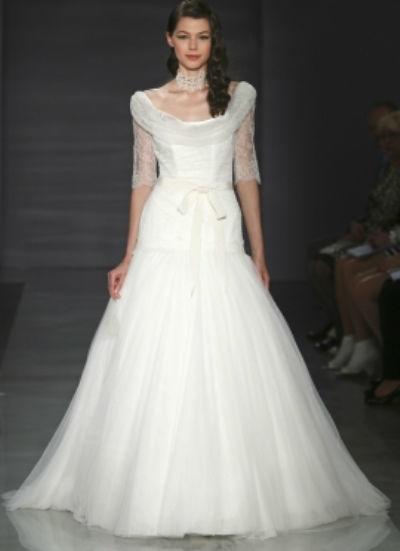 Beispiel: Hochzeitskleider zum Wohlfühlen, Foto: Lunardi Cerimonia.
