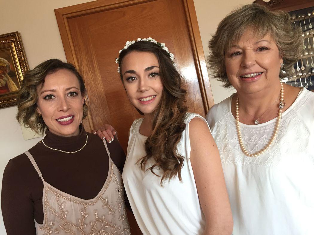 cuñada, novia y mamá todas maquilladas y peinadas por mi