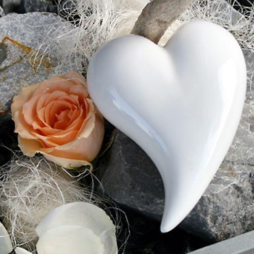 Beispiel: Blumen für den Hochzeitstisch, Foto: Bluemehüüsli.
