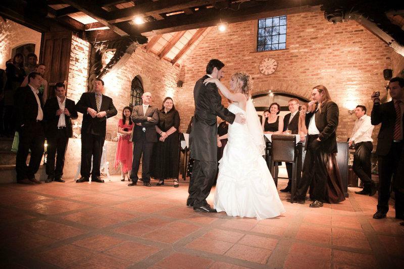Beispiel: Tanz Brautpaar, Foto: Schloss Grünewald.