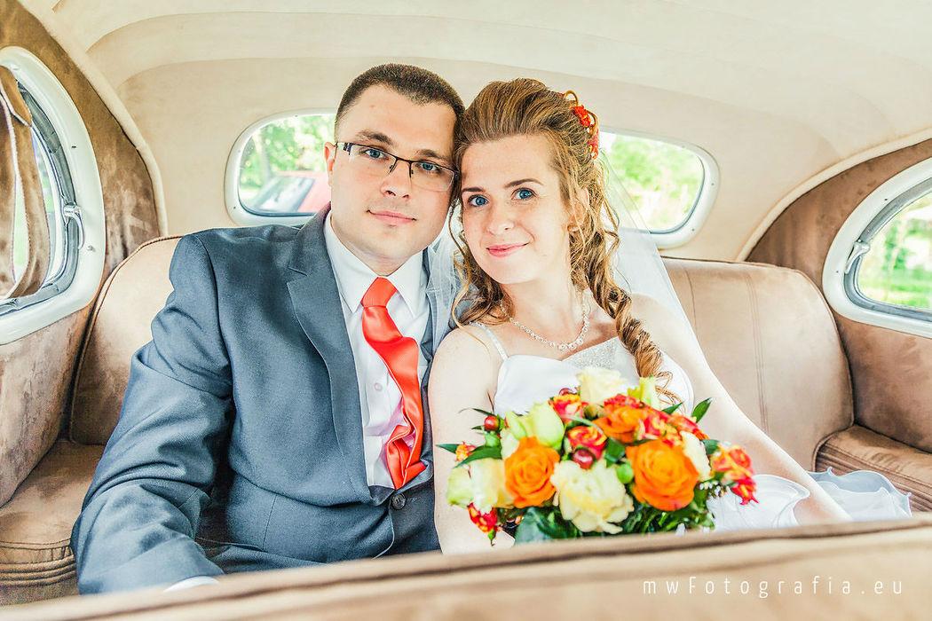 MWFotografia Studio - portret młodej pary