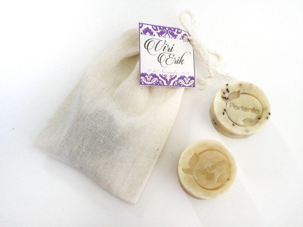 Jabon artesanal 100% natural en Costalito de manta t personalizada