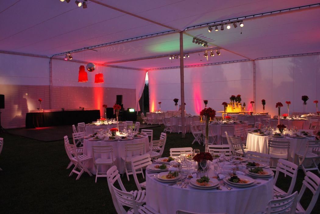 VERDES DE PAINE.cl Centro de Eventos / banquetería Banquetes y Flores