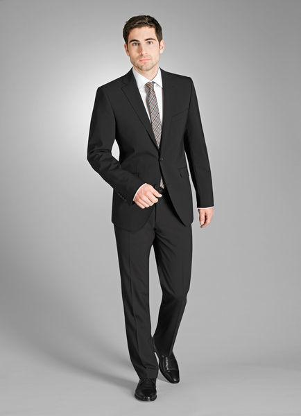 Beispiel: Der Anzug für den Herren, Foto: Zwald.