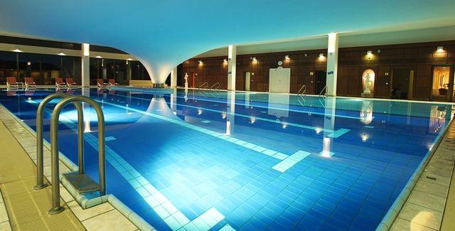 Beispiel: Wellness, Foto: Cliff Hotel Rügen.