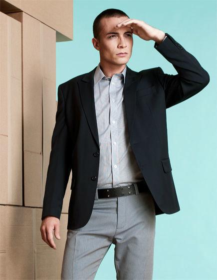 Beispiel: Anzüge und Hemden für Männer, Foto: Stefan Steiner.