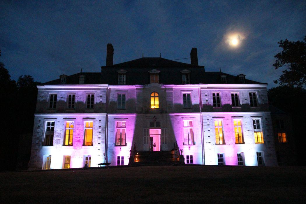 Eclairage éxtérieur par projecteur led sur batterie | Tsl Evenement | www.tsl-evenement.fr