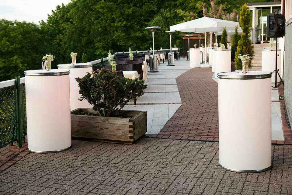 Beispiel: Terrassenbereich, Foto: Schlosshotel Molkenkur.