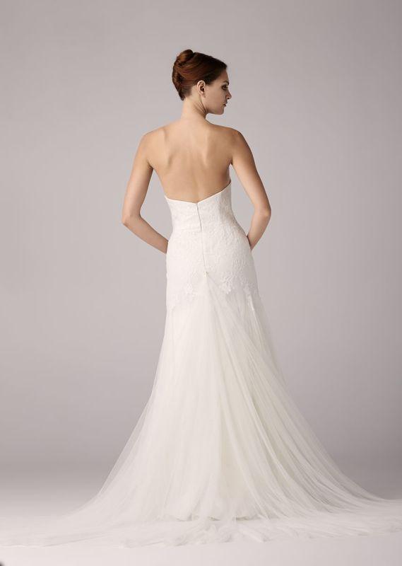 Beispiel: Brautkleid - Anna Kara, Foto: La Promesse Braut- und Abendmode.