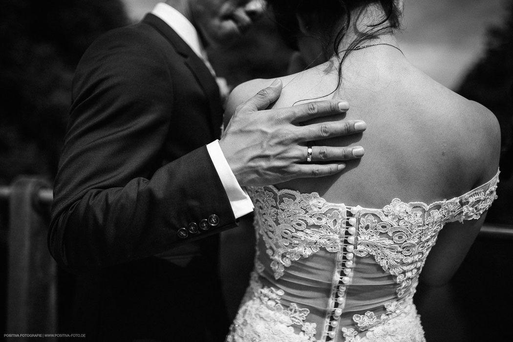 Hochzeit in Odense in Dänemark - Brautpaarshooting