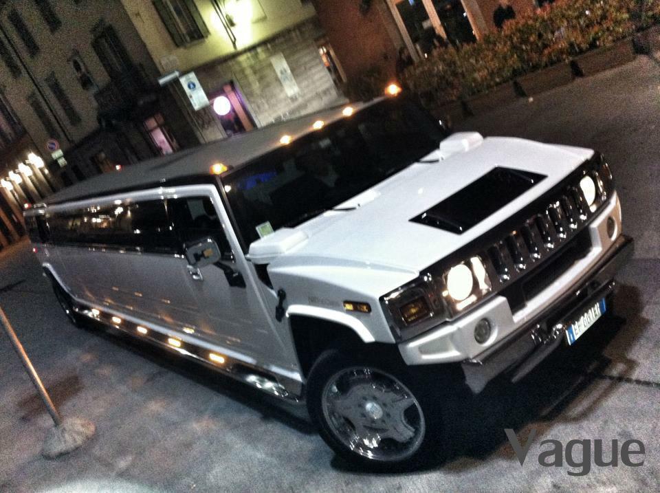 Hummer H2 Limousine Noleggio Matrimoni, compleanni, addio celibato/nubilato, eventi, discoteche Monza Como Lecco Milano Bergamo