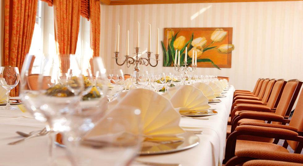 Beispiel: Raum Ochtum - Tischdekoration, Foto: Hotel Robben.