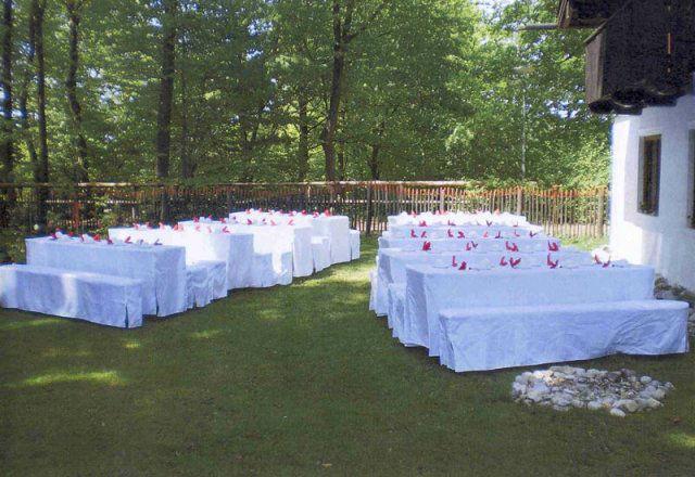 Beispiel: Bankett im Garten, Foto: Lola Montez Haus.