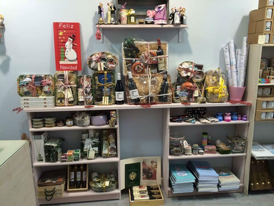 Tienda de regalos personalizados y detalles de bodas en Navalmoral de la Mata (Cáceres)