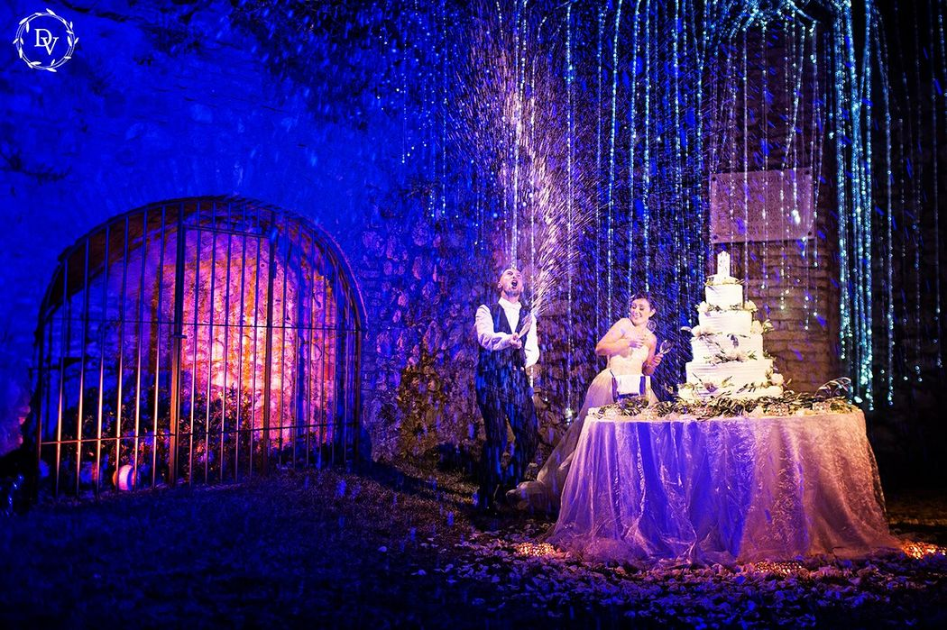 Taglio torta con Light Design - Dab Wedding