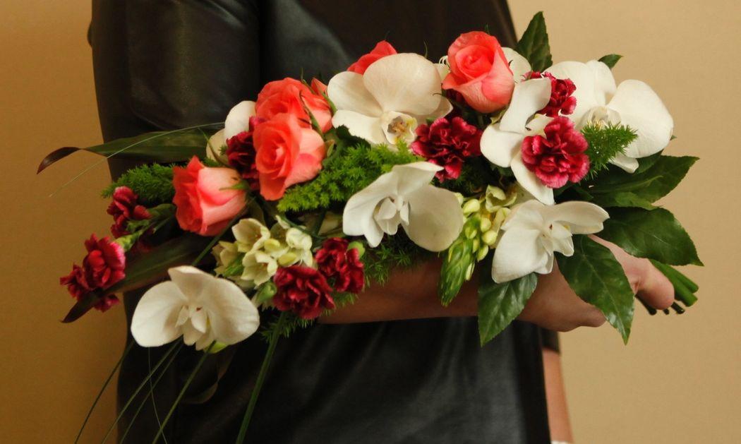 Naręcze kwiatów