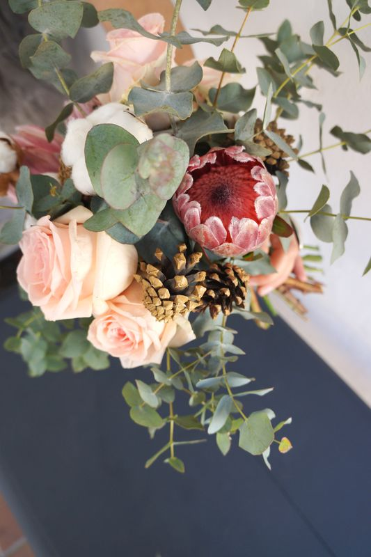 Protea y Rosa