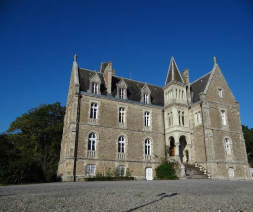 Le Château Du Deffay